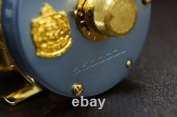 ABU ambassadeur LIMITED 5500CDL Right handle SILVER BLUE with Wood Box